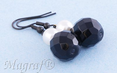 Pearl Earrings - 04610